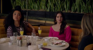 The Bold Type 5005 Clips - Girls think the Waiter is checking Jane out