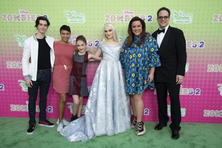 DANIEL DIMAGGIO, CARLY HUGHES, JULIA BUTTERS, MEG DONNELLY, KATY MIXON, DIEDRICH BADER