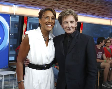 ROBIN ROBERTS, BARRY MANILOW