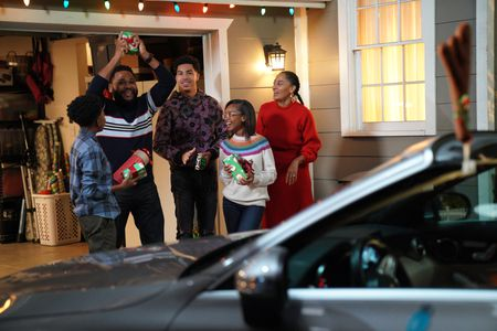 ANTHONY ANDERSON, MILES BROWN,MARCUS SCRIBNER, MARSAI MARTIN, TRACEE ELLIS ROSS