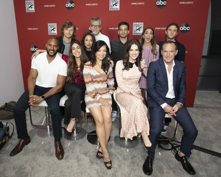 HENRY SIMMONS, JED WHEDON (EXECUTIVE PRODUCER), NATALIA CORDOVA-BUCKLEY, MAURISSA TANCHAROEN (EXECUTIVE PRODUCER), MING-NA WEN, JEFF BELL (EXECUTIVE PRODUCER), JEFF WARD, ELIZABETH HENSTRIDGE, CHLOE BENNET, CLARK GREGG, IAIN DE CAESTECKER