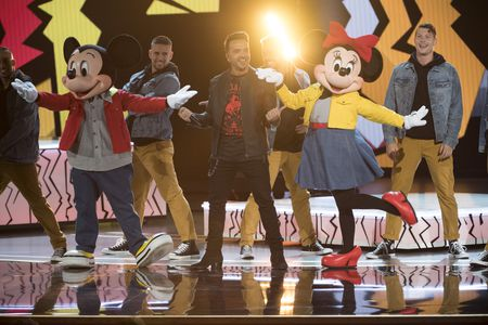 MICKEY MOUSE, LUIS FONSI, MINNIE MOUSE