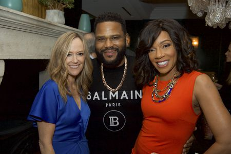 KAREY BURKE (PRESIDENT, ABC ENTERTAINMENT), ANTHONY ANDERSON, WENDY RAQUEL ROBINSON
