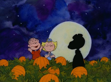 LINUS AND SALLY MISTAKE SNOOPY FOR THE GREAT PUMPKIN