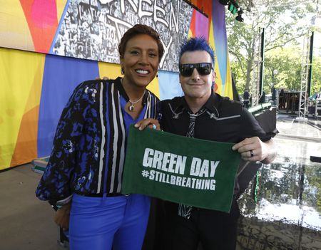ROBIN ROBERTS, GREEN DAY