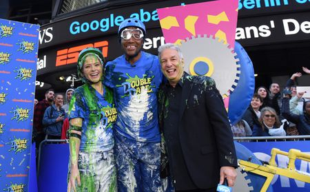 SARA HAINES, MICHAEL STRAHAN, MARC SUMMERS