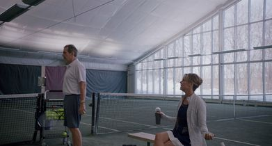 Jacqueline and Ian have an argument during tennis