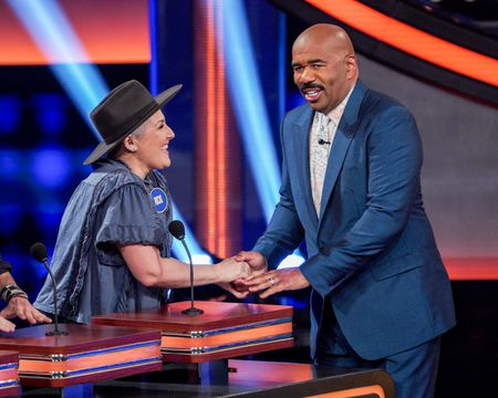 RICKI LAKE, STEVE HARVEY