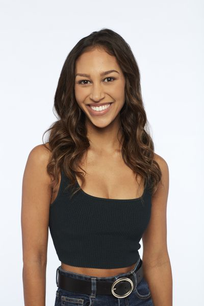 Serena Pitt - Bachelor 25 - Matt James - Discussion - *Sleuthing Spoilers* - Page 2 156151_3915B-400x0