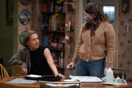 LAURIE METCALF, EMMA KENNEY