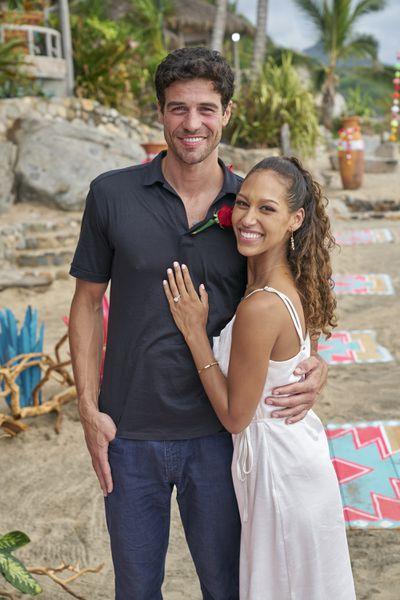 Joe Amabile & Serena Pitt - Bachelor in Paradise 7 - Discussion 157100_7690-400x0