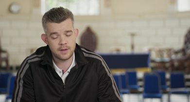 "18. Russell Tovey, ""Harry Doyle"" On working with Marlee Matlin"