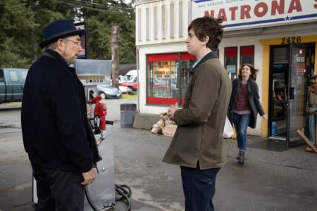 RICHARD SCHIFF, FREDDIE HIGHMORE