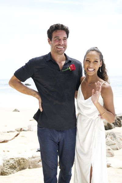 Joe Amabile & Serena Pitt - Bachelor in Paradise 7 - Discussion 157100_6895-400x0