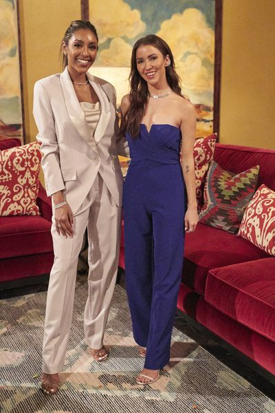 Bachelorette 17 - Katie Thurston - June 28 - NO Discussion - *Sleuthing Spoilers* 159238_9162-400x0