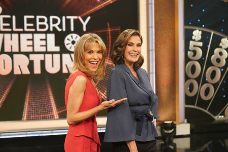 VANNA WHITE, TERI HATCHER