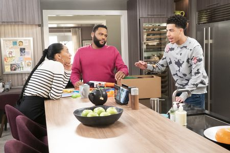 TRACEE ELLIS ROSS, ANTHONY ANDERSON, MARCUS SCRIBNER