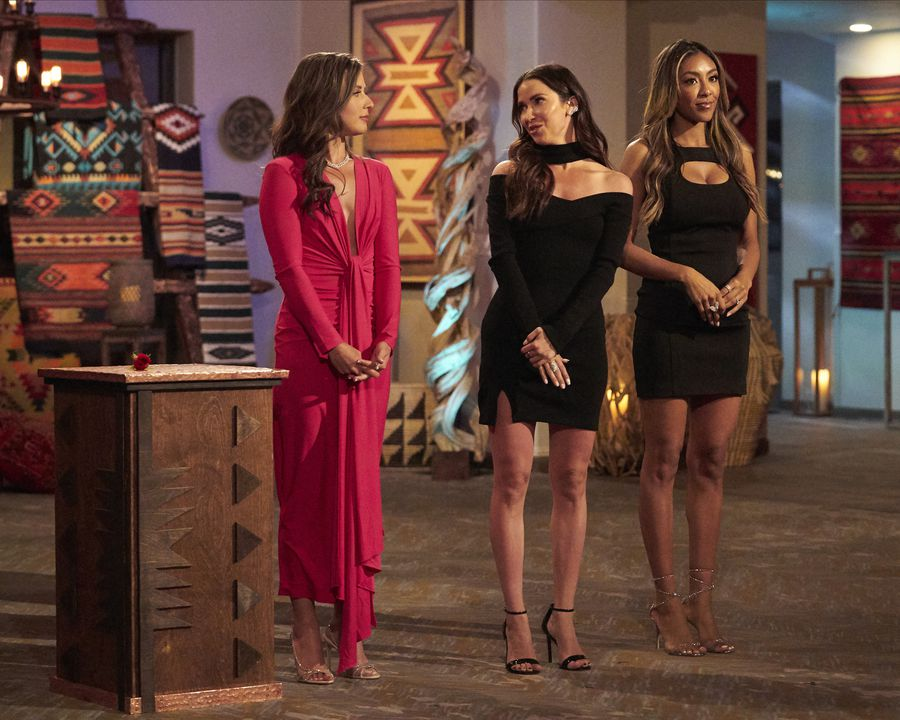 Bachelorette 17 - Katie Thurston - July 19 - *Sleuthing Spoilers*  159269_5098-900x0