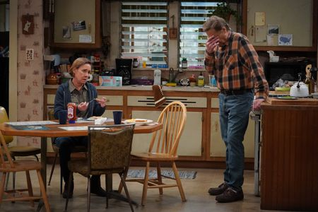LAURIE METCALF, JOHN GOODMAN