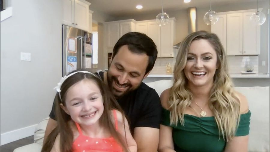 Jason & Molly Mesnick - Bachelor 13 - Discussion - Page 57 155598_023-900x0
