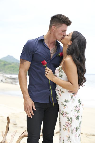 Kenny Braasch & Mari Pepin-Solis - Bachelor in Paradise 7 - Discussion 157100_6514-400x0