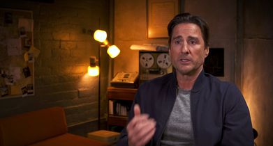 02. Luke Wilson, Host, On 911 calls featured in the show