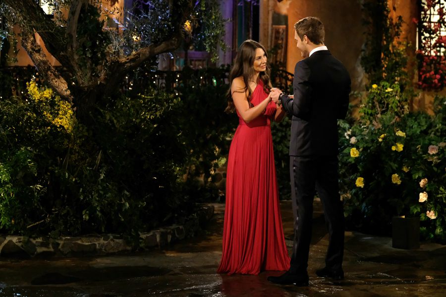 Kelley Flanagan - Bachelor 24 - *Sleuthing Spoilers*  - Page 2 153384_8073-900x0