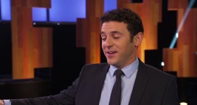 03  Fred Savage, Host, On how the game works