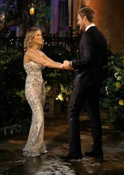 Courtney Perry - Bachelor 24 - *Sleuthing Spoilers* 153384_7372-400x0