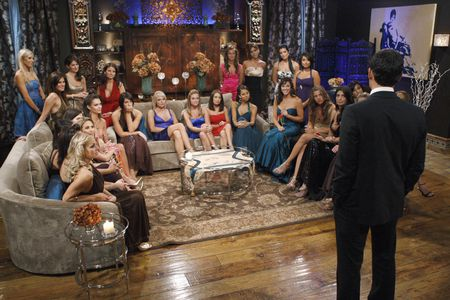 BACHELORETTES, JASON MESNICK (FOREGROUND)