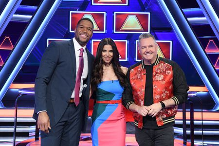 MICHAEL STRAHAN, ROSELYN SANCHEZ, ROSS MATTHEWS