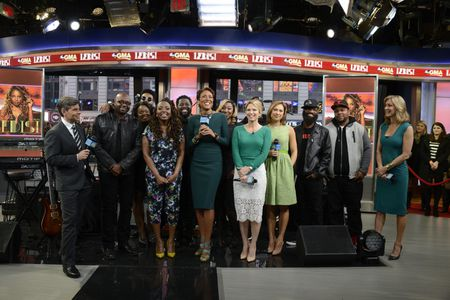 GEORGE STEPHANOPOULOS, LEDISI, ROBIN ROBERTS, AMY ROBACH GINGER ZEE, LARA SPENCER, BAND