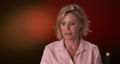 "05. Julie Bowen, ""Claire Dunphy"", On where season 11 picks up"