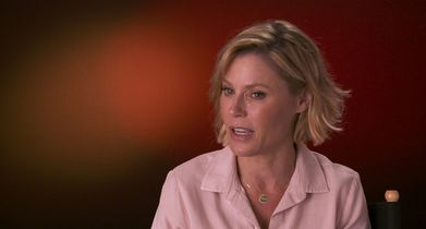 "Modern Family Season 11 EPK Soundbites - 07. Julie Bowen, ""Claire Dunphy"", On the cast being like family"