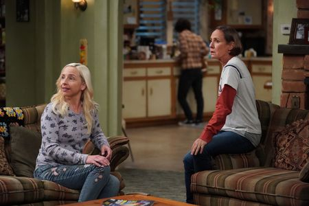 LECY GORANSON, LAURIE METCALF