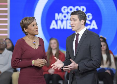 GEORGE STEPHANOPOULOS, GIO BENITEZROBIN ROBERTS, WILL REEVE