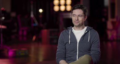 "01.	Topher Grace, ""Tom Hayworth"", On the show's family dynamic"