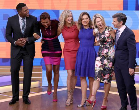MICHAEL STRAHAN, ROBIN ROBERTS, LARA SPENCER, GINGER ZEE, AMY ROBACH, GEORGE STEPHANOPOULOS
