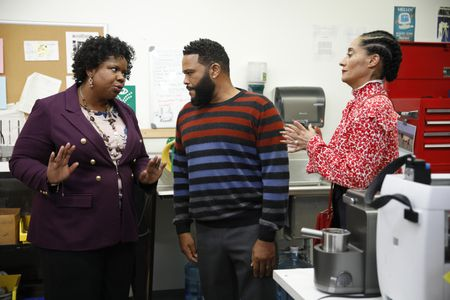 LIZ JENKINS, ANTHONY ANDERSON, TRACEE ELLIS ROSS