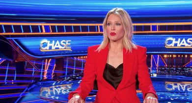 """03.Sara Haines, Host, On """"The Beast"""" joining the other Chasers"""