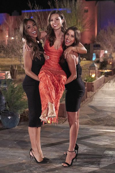 Bachelorette 17 - Katie Thurston - June 7 - Season Preview - M&G - NO Discussion - *Sleuthing Spoilers* - Page 6 156978_0869-400x0