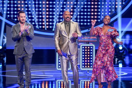MARK-PAUL GOSSELAAR, STEVE HARVEY, TIKA SUMPTER