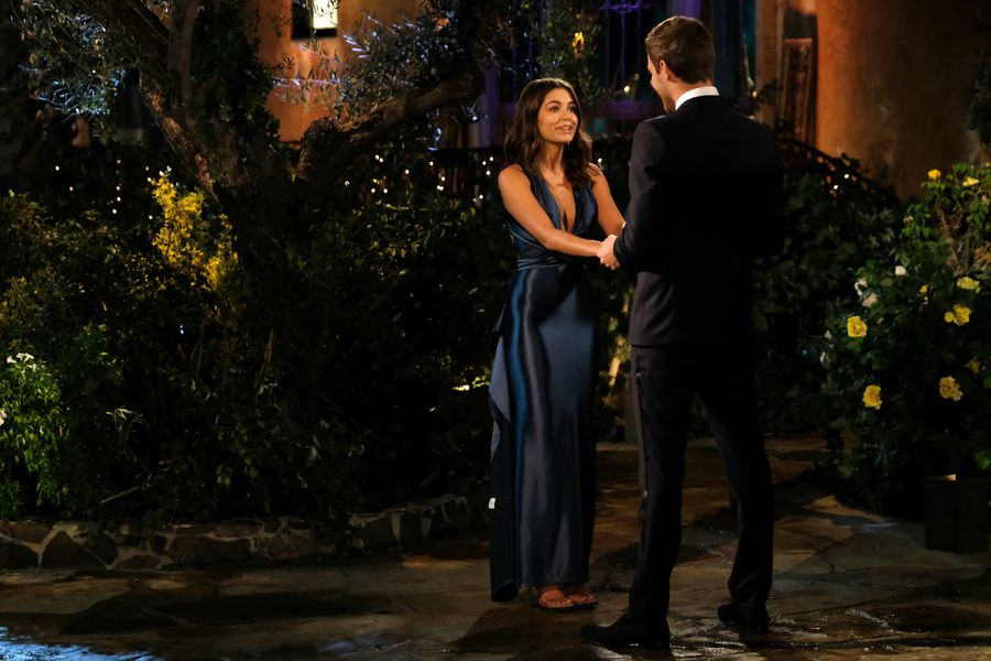 Hannah Ann Sluss - Bachelor 24 - *Sleuthing Spoilers*  - Page 4 153384_7121-900x0