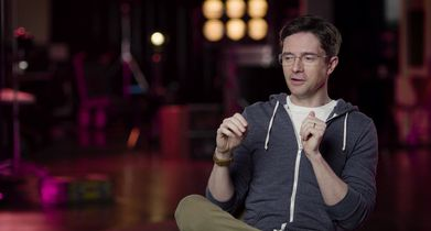 "04.	Topher Grace, ""Tom Hayworth"", On setting the show in the Bay Area"
