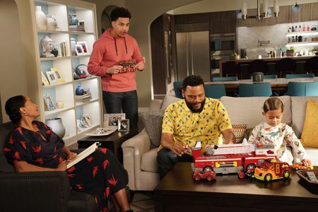 TRACEE ELLIS ROSS, MARCUS SCRIBNER, ANTHONY ANDERSON, AUGUST AND BERLIN GROSS