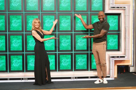 VANNA WHITE, KARAMO BROWN