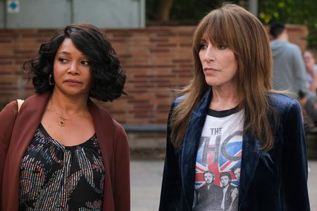 TAMALA JONES, KATEY SAGAL