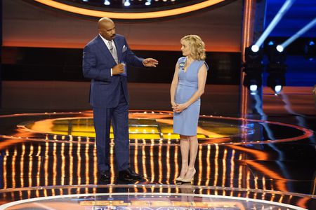 STEVE HARVEY, ANGELA UNKRICH