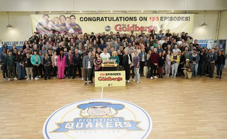 CAST AND CREW OF THE GOLDBERGS