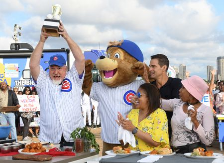 ART SMITH, CHICAGO MASCOT, ROB MARCIANO, GUESTS